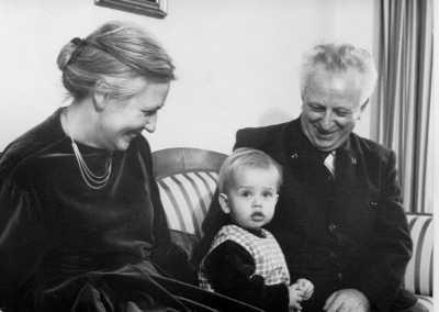 Foto: Martina mit Oma und Opa